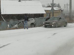 Апрельский снегопад стал причиной нескольких дтп